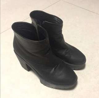 Made in Korea 羊皮boot