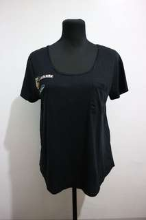 zara black tshirt overrun