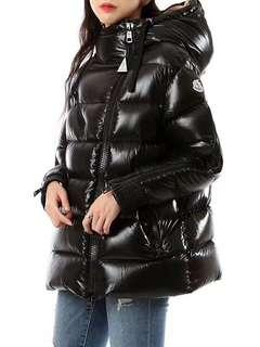 Moncler代購超紅款鵝絨外套