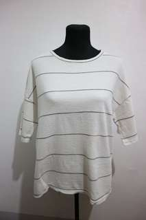 White boxy type shirt