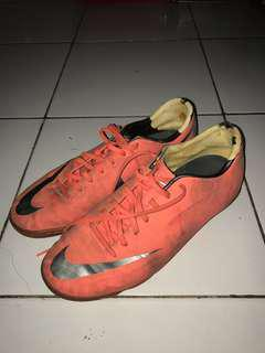 Sepatu Futsal Nice Mercurial size 42