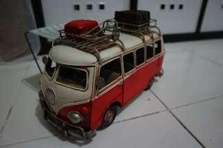 VW bus vintage collectibles (metal)