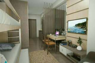 Pre-selling affordable condo