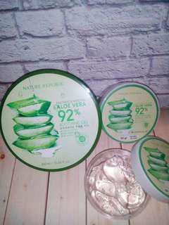 Nature Republic Aloe Vera 92% Soothing Gel (share in jar)