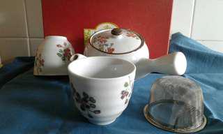 Premium Romance Tea pot