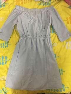 HM off-the-shoulder dress