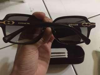 Kacamata coach ori