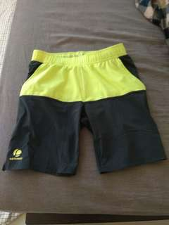 迪卡儂 網球透氣短褲