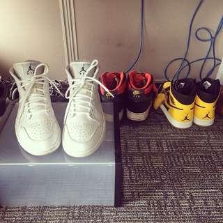 Air Jordan 1 Mid (Triple White)