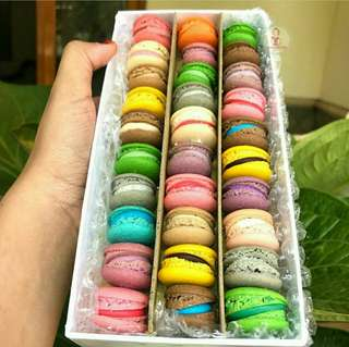 Special baby macaron isi 30