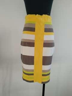 Karen Millen skirt size 10-12