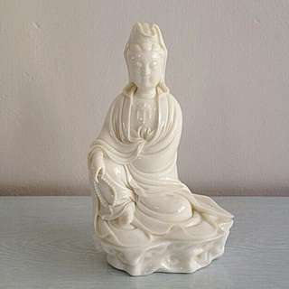 Display Old Cream White Glazed (Guan Yin) Height 21cm ln Perfect Condition