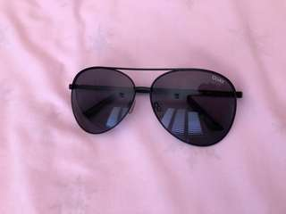 Vivienne Quay Sunglasses