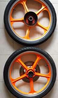 Rxz sport rim with Dunlop tyre tt 900 size 80/80