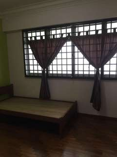 Common room admiralty/woodlands for rent