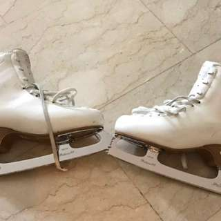 Edea Chorus ladies Ice Skate Boots (BOOTS ONLY)