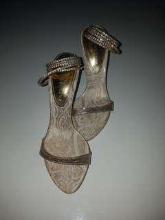 Jewel wrapping heels