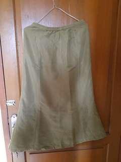 rok vintage hijau lumut