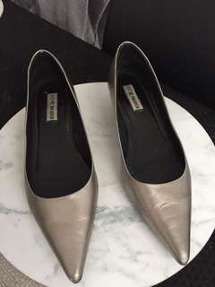 Steve Madden Pewter Kitten Heels - Size 9.  Used but very good condition. A couple of minor scratches.