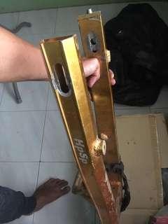 Swing arm alloy hpsp125zr