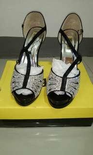Brandnew Figlia heels