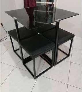 Atria Set Dining Table Black Onyx