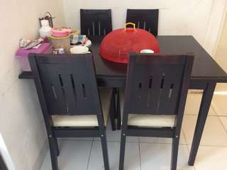 Meja Makan Set bonus lemari 1 pintu