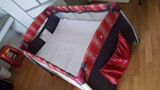 Mydear Playpen includes mattress