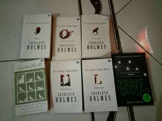 Novel sherlock holmes, novel hercule poirot (agatha christie)