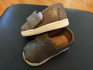 TOMS BB鞋仔