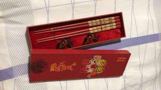 Wedding chopsticks Guo da li