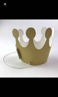 Only at Nex and Cwp: Glitter party paper crown