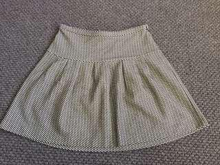 Country Road Monochrome Flared Mini Skirt - size XS