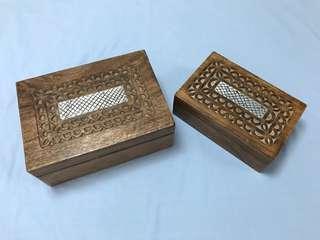 木雕刻盒一套2個