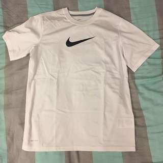 Nike Dri Fit 排汗運動上衣