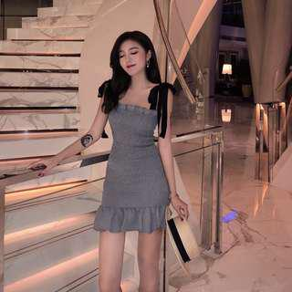 [Preorder] Korean Sexy flouncy Dress with black adjustable ribbon straps