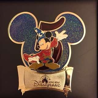 迪士尼 限量版襟章 Disney limited edition