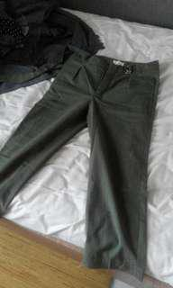 Shoptherapee Green Cropped Pants