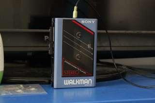 Sony Walkman WM-23 (Cassette Player)