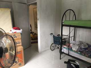 Marsiling road Hdb common room for rent