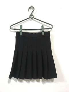 🚚 全新✨黑色百摺裙