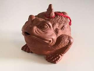 🚚 蛤蟆仙人造型茶壺