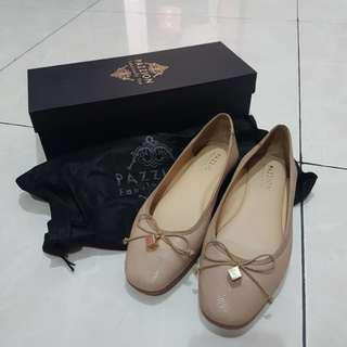 Pazzion flat shoes size 37