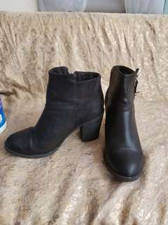 H&M boots size 37