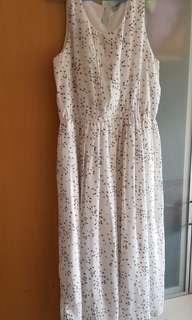 Imoda white floral dress