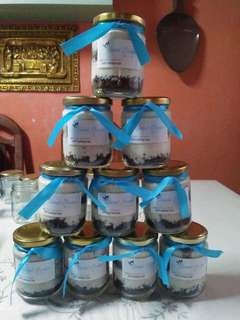 Cheesecakes in a jar