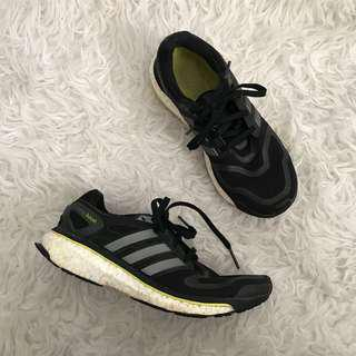 Adidas black energy boost runners sneakers size 7