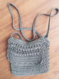 Rajut sling bag