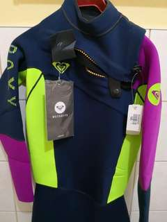 Roxy Wetsuit for Scuba and Free Diving size 6