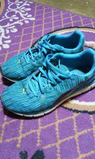 Sepati Running Puma Pria ukuran 40
